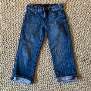 Levi's 525 Perfect Waist Size 4 Cropped Jeans